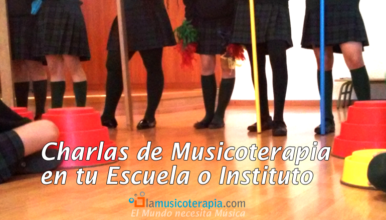 Charlas de musicoterapia en escuelas e institutos.