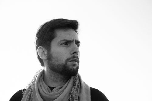 Musicoterapeuta Manuel Sequera